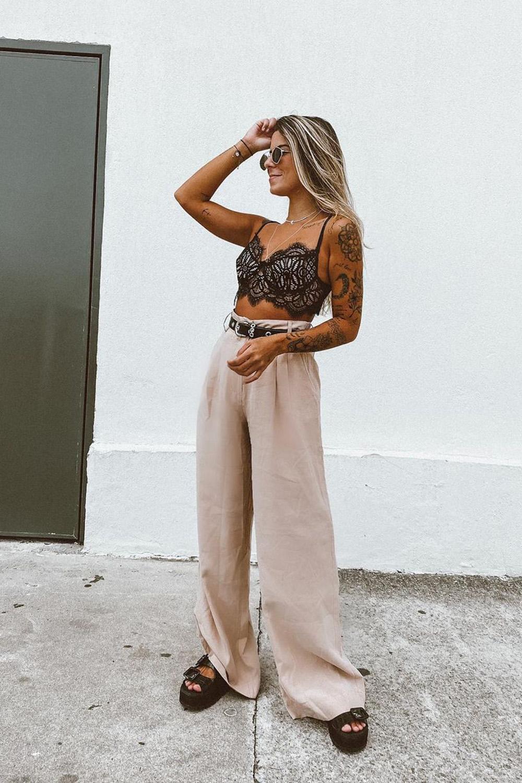 papete preta, cropped de renda, calça wide leg
